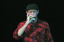 Bobby Lewis Di Tullio