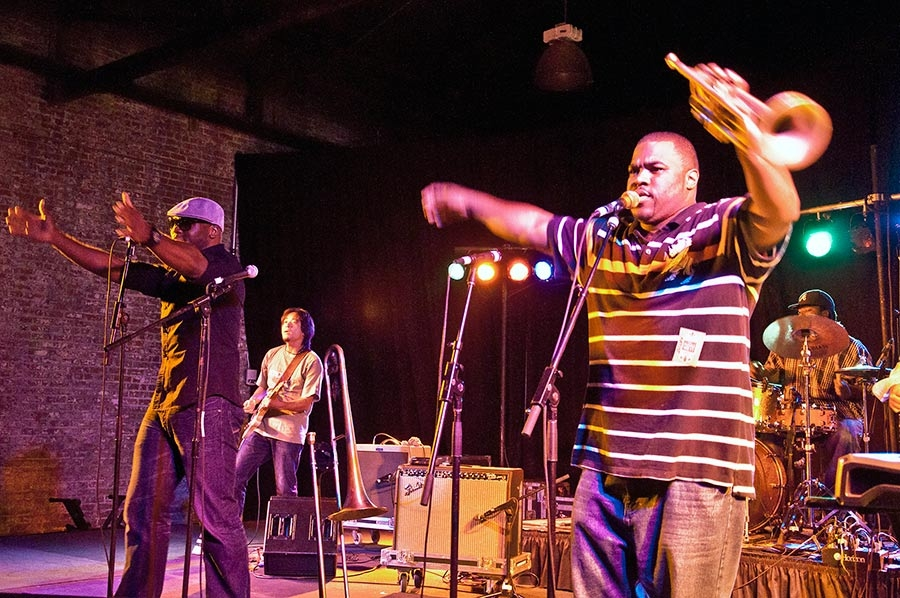 Big Sam's Funky Nation, clicca per ingrandire