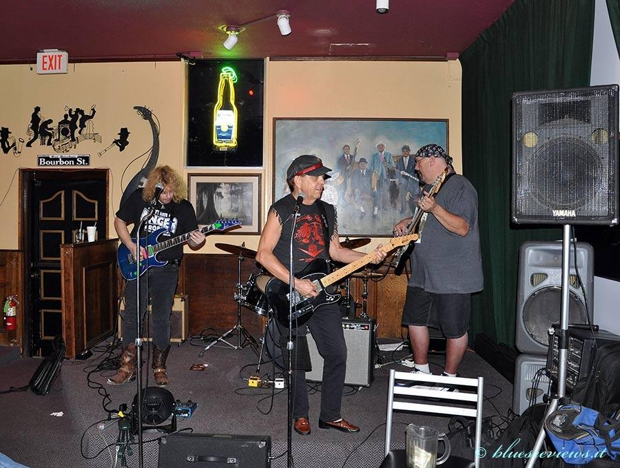 Leo Hull & Texas Blues Machine