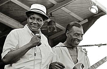 Big Mama Thornton and T-Bone Walker on stage