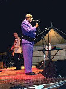 Sam Myers on stage in Rovigo, Italy, 2004