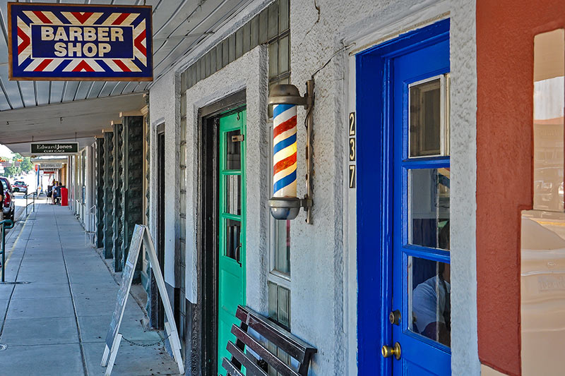 Barber shop, La Grange, Texas