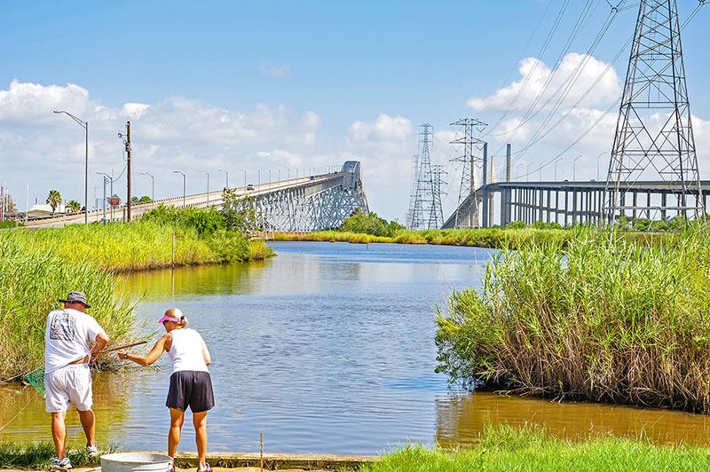 Rainbow and Veterans Memorial bridges, Bridge City, Texas