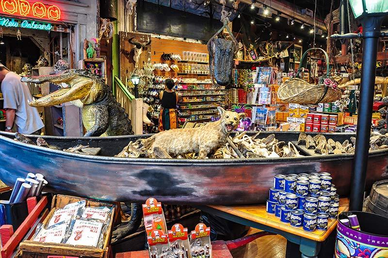 Souvenir shop, New Orleans