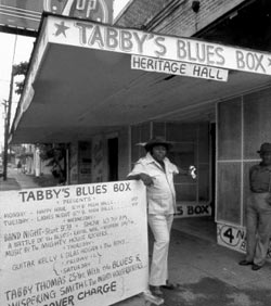Ernest 'Tabby' Thomas in front of Blues Box Club