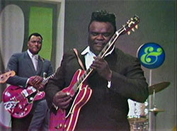 "Freddie King and Johnny Jones in ""The !!!! Beat Vol. 2"""