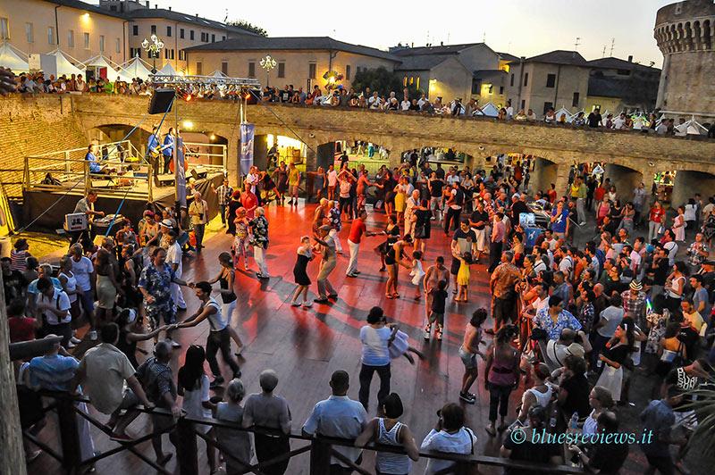 Rock'n' roll dance at Giardini della Rocca, Senigallia