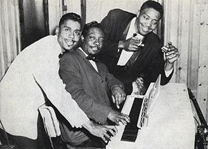 Little Johnny Jones, Otis Spann, Mojo Buford in Chicago in the 1950s