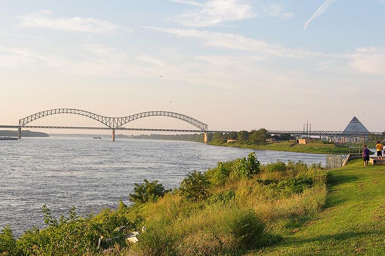 De Soto Bridge & Memphis Pyramid
