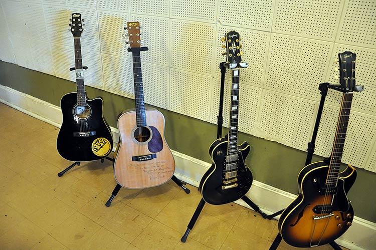 Sun Studio, guitars