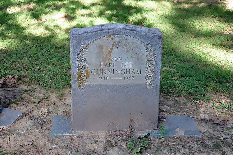 Carl Cunningham grave