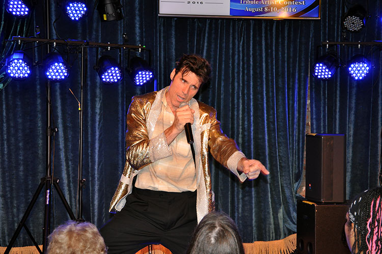 Elvis impersonator, Memphis, Tennessee