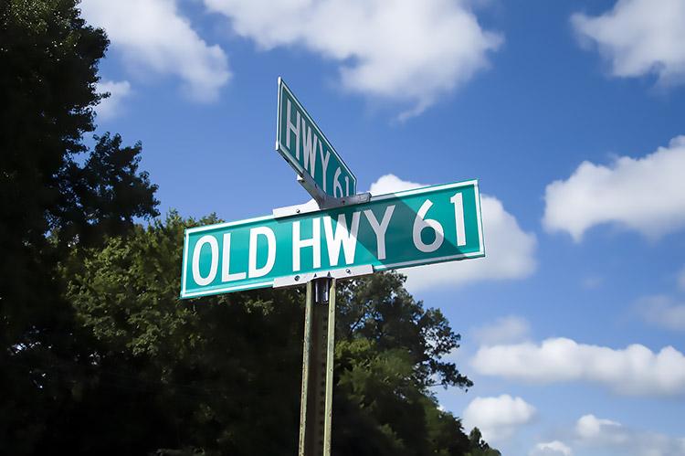 Old U.S. Highway 61 fork, Mississippi