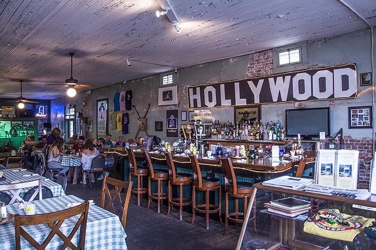 Hollywood Cafe, Robinsonville