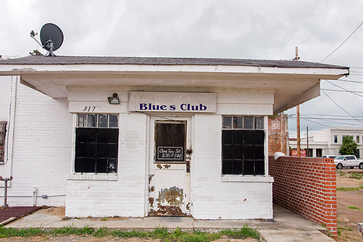 Blues Club in Wade's barber shop