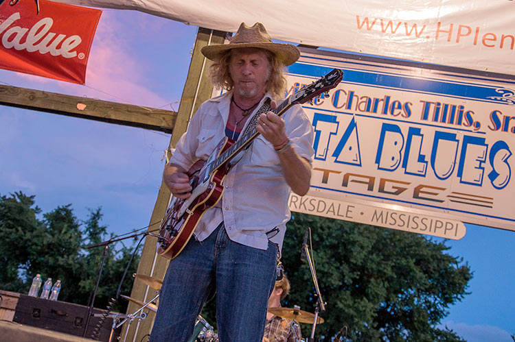 Jimbo Mathus, Sunflower River Blues & Gospel Festival, Clarksdale, Ms