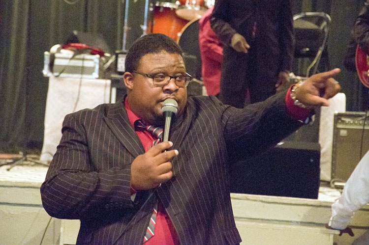 Lee Williams & The Spiritual QC's