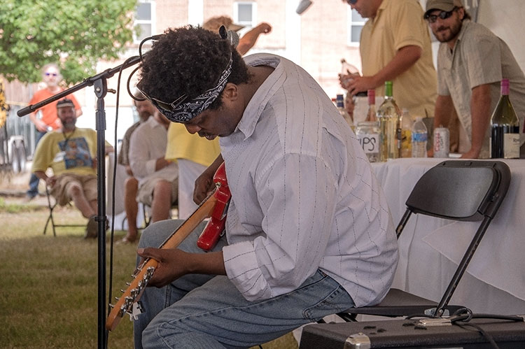Lucious Spiller, Sunflower River Blues & Gospel Festival, Clarksdale, Ms