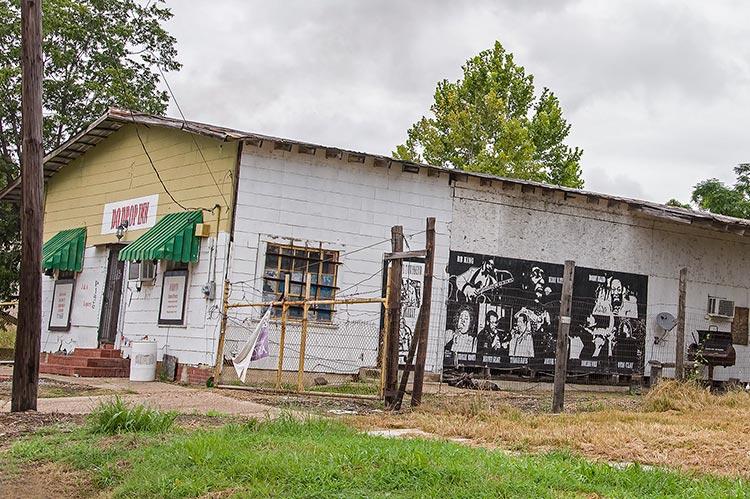 Do Drop Inn, Shelby, Mississippi