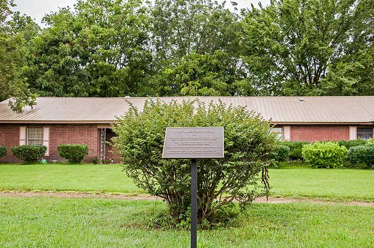 Mound Bayou, Mississippi, city on Old Highway 61