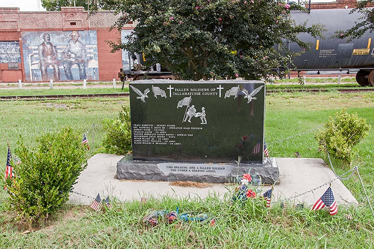 Fallen soldiers of Tallahatchie County memorial tombstone, Tutwiler, Mississippi