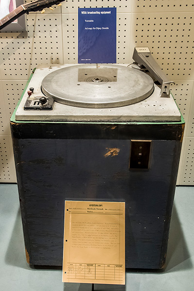 WDIA's turntable