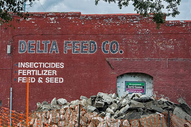 Delta Feed Co., Greenwood, Mississippi