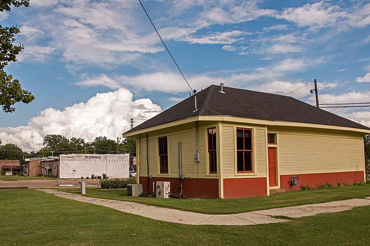 Moorhead, old depot