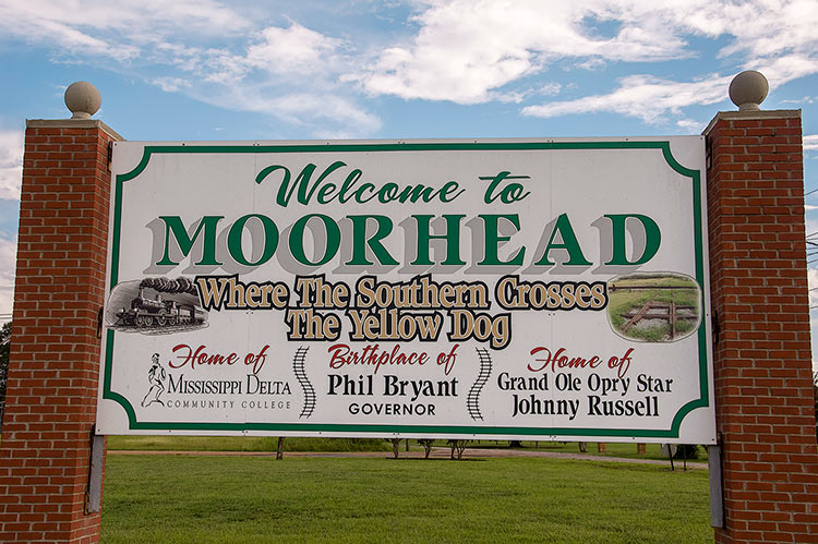 Welcome to Moorhead, Mississippi, Where the Southern Crosses the Yellow Dog
