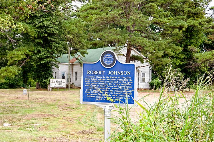 Robert Johnson's marker and sitegrave, Greenwood, Mississippi