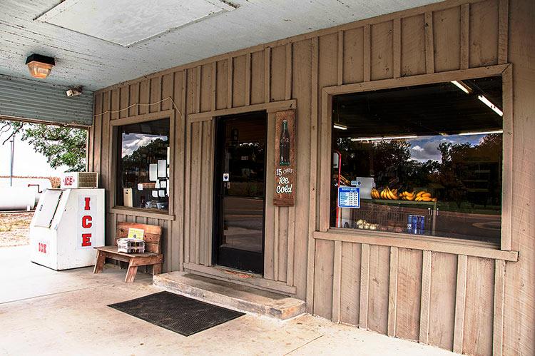 Sanders Grocery, Minter City, Mississippi