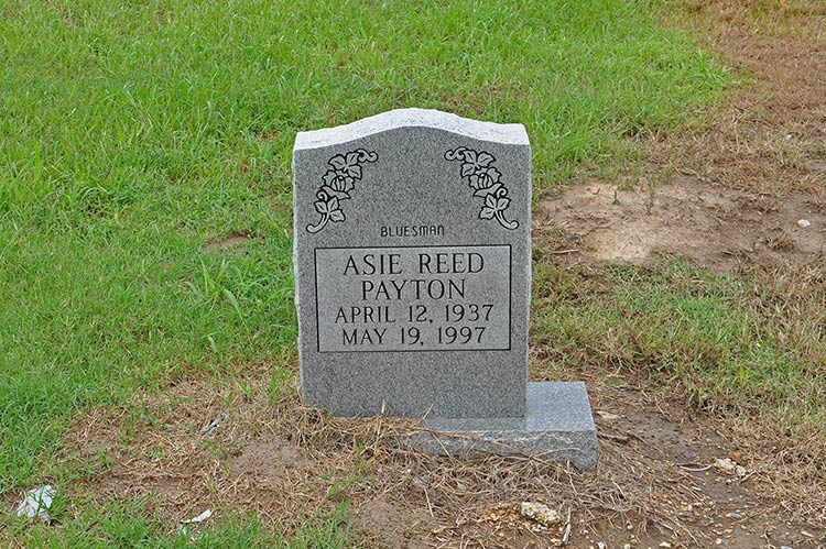 Asie Reed Payton's grave, Holly Ridge