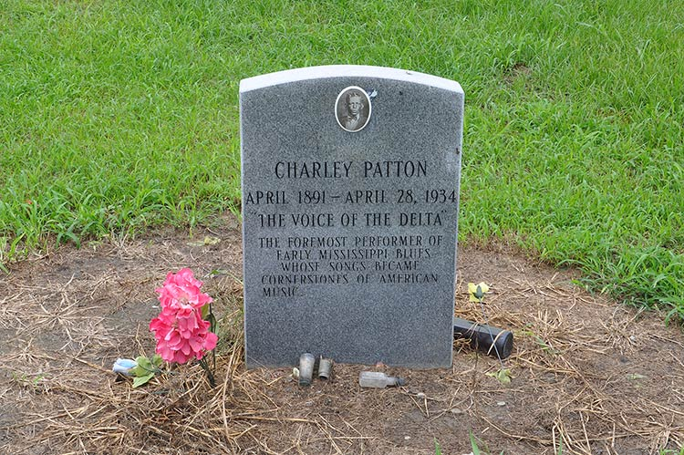 Charlie Patton's grave at the New Jerusalem M.B. Church Cemetery, Holly Ridge, Mississippi