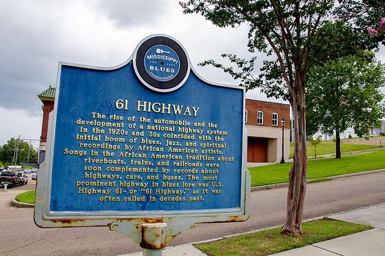 61 Highway marker, Vicksburg