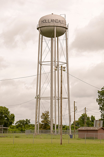 Water tower, Hollandale, Mississippi