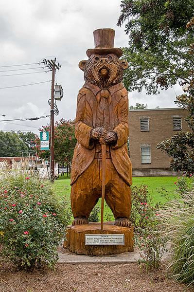 Teddy Bear from a log, Rolling Fork, Mississippi