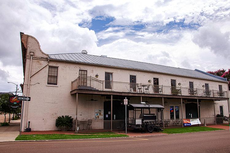 Bowie's Tavern, Natchez