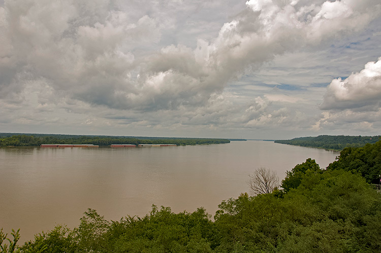 Mississippi river from Bluff Riverside