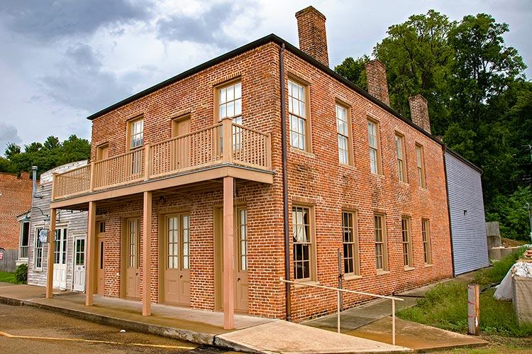 The Blue Cat, Natchez Under-the-Hill Historic District