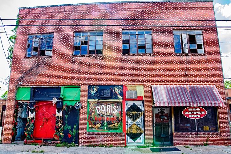 Big Apple Inn, Farish Street