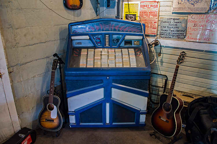 Jukebox at the Blue Front Cafe, Bentonia