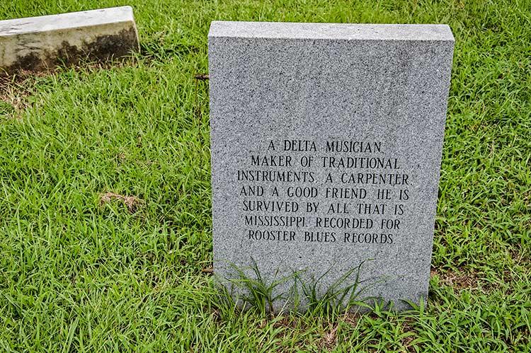 Lonnie Pitchford grave