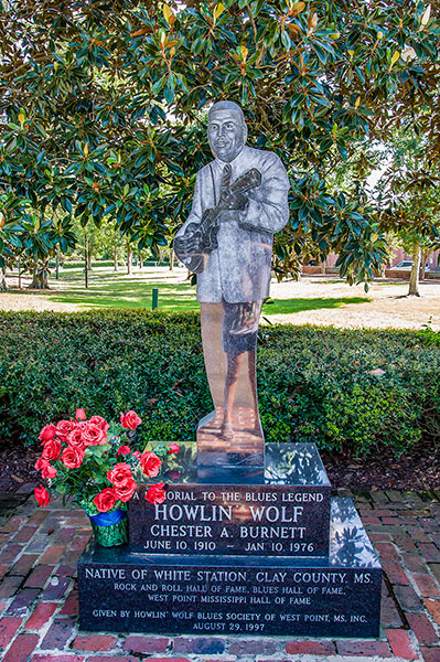 Howlin' Wolf statue at the Howlin' Wolf memorial, West Point, Ms