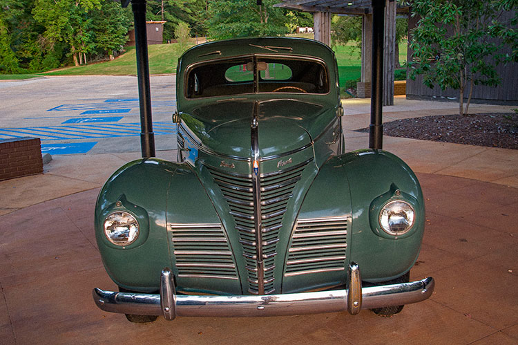 1939 Plymouth Sedan, Elvis Presley's birthplace, Tupelo, Ms