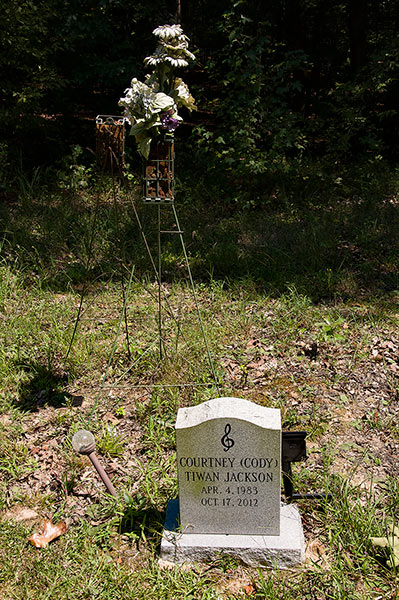 Grave of Cody Burnside, Harmontown, Mississippi Hills