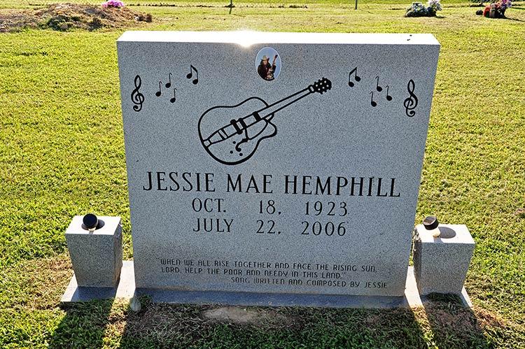 Jessie Mae Hemphill grave, Senatobia, Ms