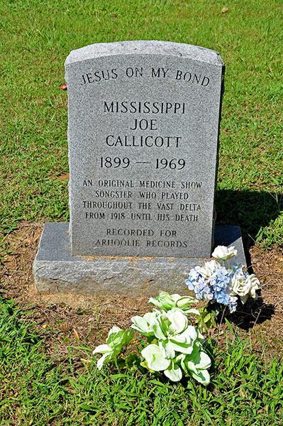 Joe Callicott grave, Getwell Road, Nesbit, DeSoto County, Mississippi
