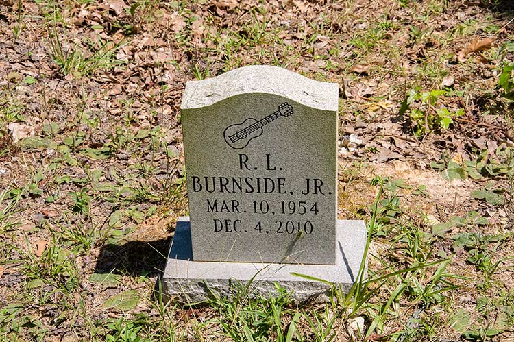 Grave of R.L. Burnside Jr, Harmontown, Mississippi Hills